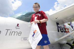 FedEx Donates $1 million to St. Jude Children's Research Hospital in honor of the FedEx Cup Winner