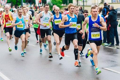 Effort Takes Silver To Gold At 'Scotiabank Toronto Waterfront Marathon'