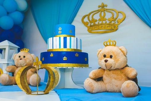 Republic Service Celebrates Its Fan's Birthday