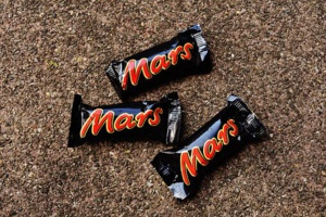 Mars Bars In A Deal With Total Eren To Go 'Carbon Neutral' In Australia
