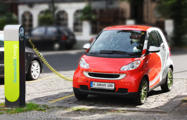 Adrian Flux's Survey Reveal Reluctance Among British Motorists Towards Electric Cars
