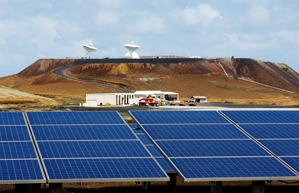 SolarCity & Tesla's Partnership Makes An Island Self-Sufficient With Solar Power Just Within A Year