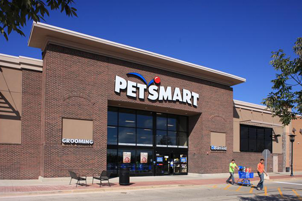 Good Natured™ from PetSmart Introduces Natural Diet To Dogs And Cats Besides Providing Meal To Pets In Need